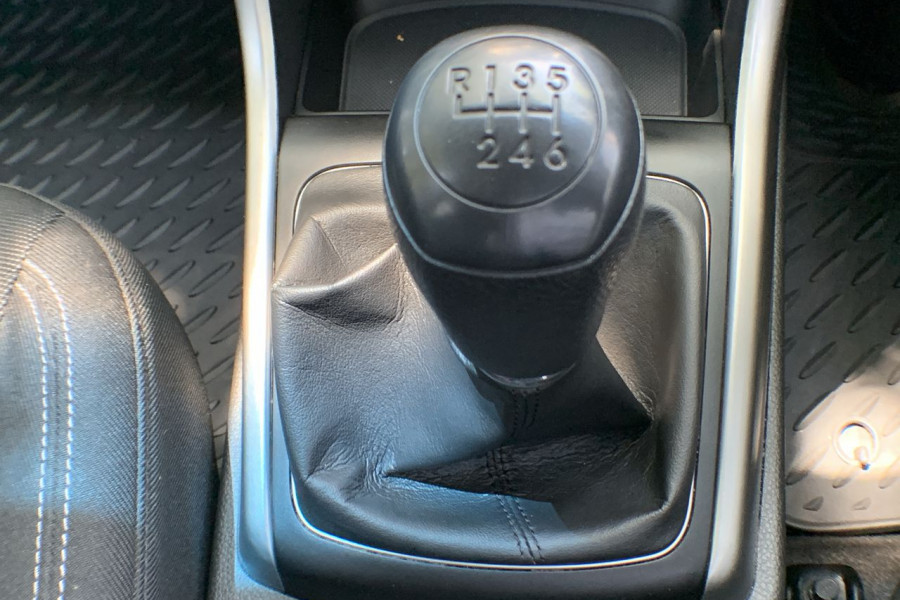 2013 Hyundai I30 GD Active Hatch Image 13