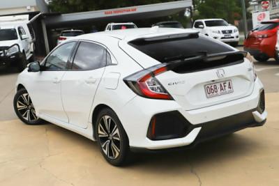 2017 MY16 Honda Civic 10th Gen MY16 VTi-LX Sedan Image 2