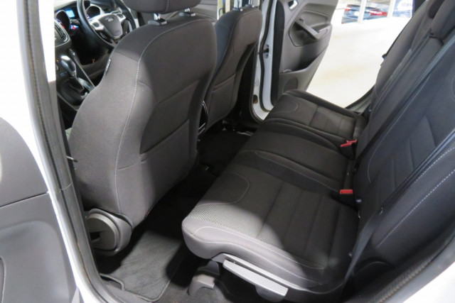 2015 Ford Kuga Ambiente FWD 12 of 24