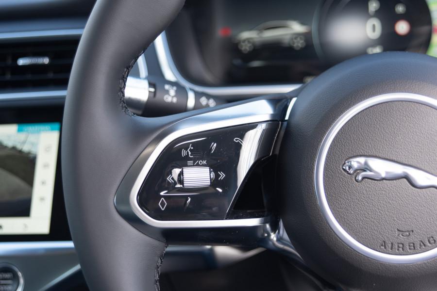 2019 MY20 Jaguar I-PACE X590 SE Hatchback Mobile Image 20