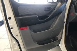2013 Hyundai Iload TQ2-V MY13 Van Image 5