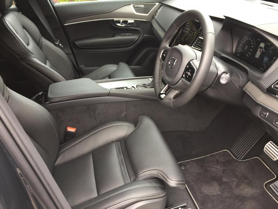 2020 Volvo XC90 L Series D5 R-Design Suv Image 11