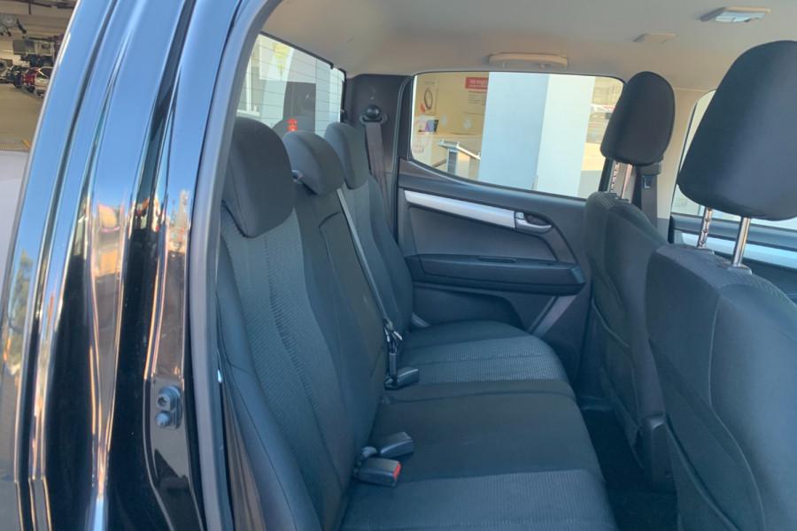 2017 Isuzu UTE D-MAX 4x4 LS-M Crew Cab Ute Dual cab Image 21