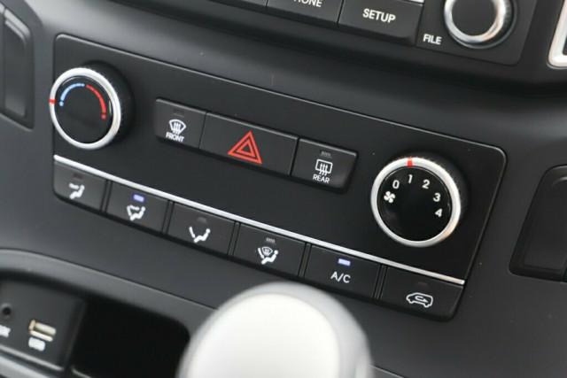 2019 Hyundai iLOAD TQ4 MY19 Van Image 22