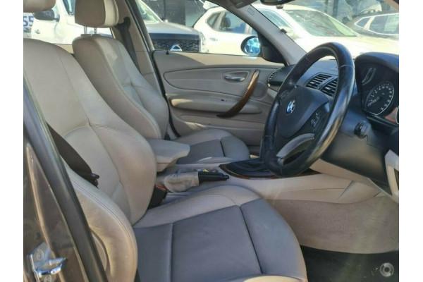 2007 BMW 120i E87 120i Hatchback Image 3