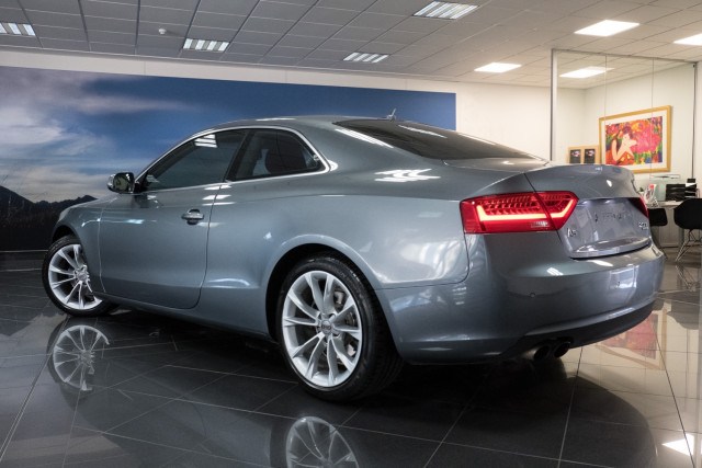 2012 Audi A5 8T  Coupe Image 2