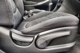 2015 Hyundai Accent RB2 MY15 Active Hatch Image 5