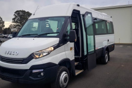 2018 Iveco Daily Bus Shuttle 16