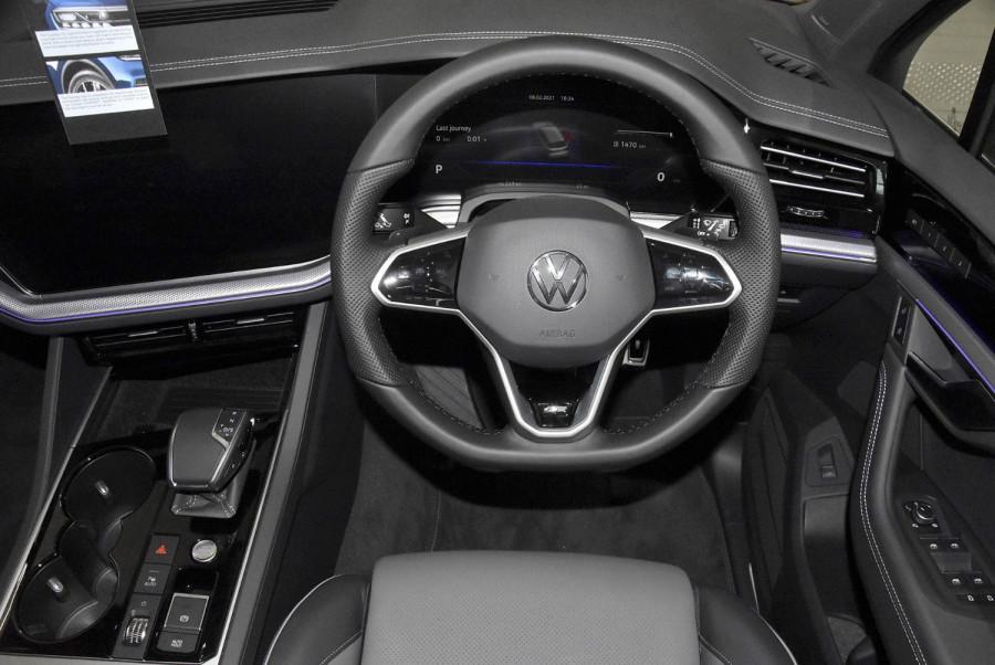 2020 MY21 Volkswagen Touareg CR 210TDI R-Line Suv Image 16