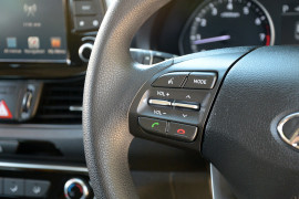 2017 MY18 Hyundai i30 PD Active Hatchback image 11