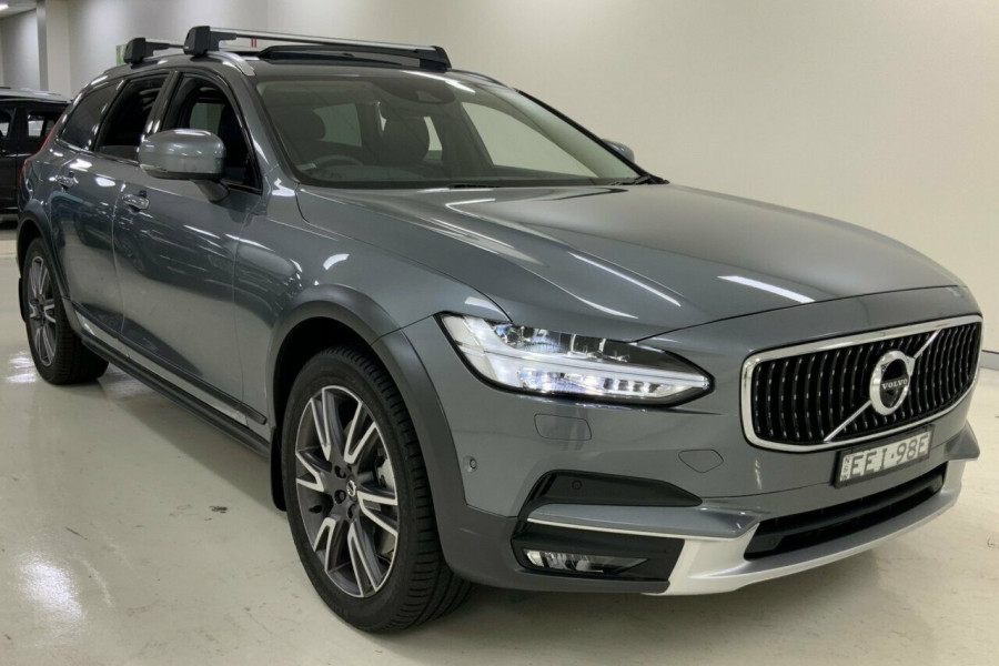 2019 MY20 Volvo V90 236 MY20 D5 Cross Country Inscription Wagon Mobile Image 3