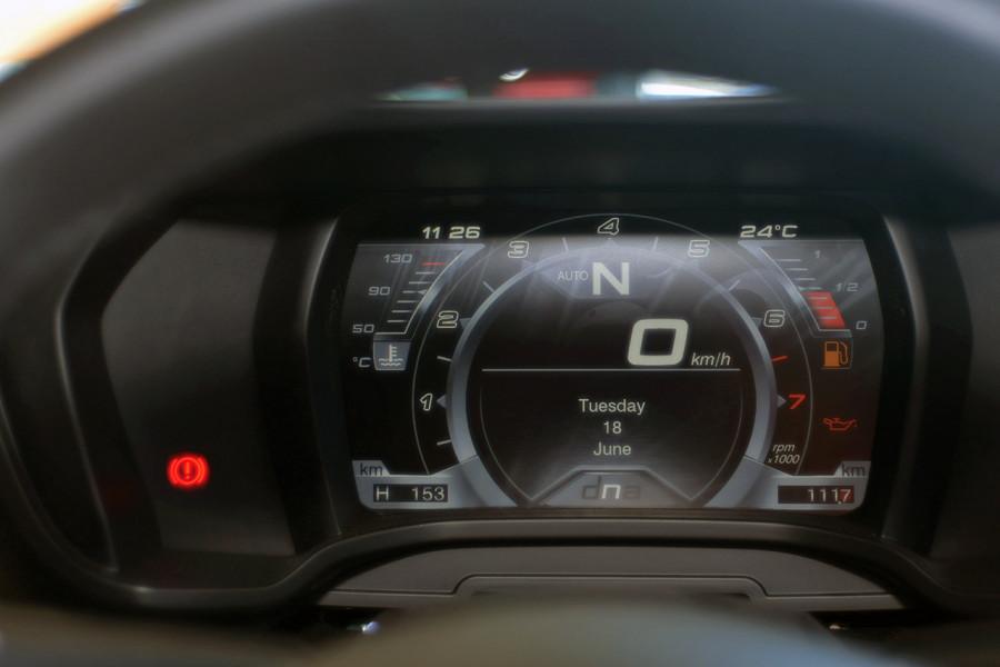 2018 MY17 Alfa Romeo 4C Series 1 Coupe Coupe Mobile Image 18