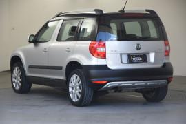 2012 Skoda Yeti 5L 103TDI Wagon Image 3