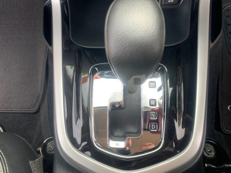 2017 Nissan Navara NAVDP4YA2STX STX Utility crew cab
