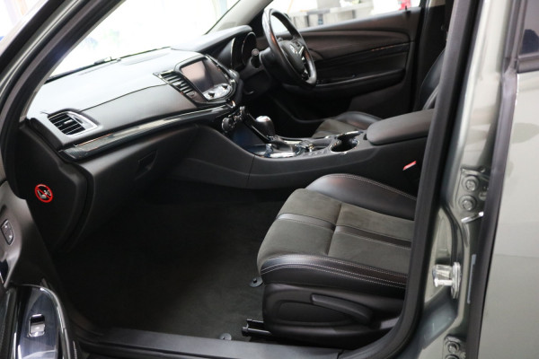 2016 Holden Commodore VF II MY16 SV6 Sedan Image 5