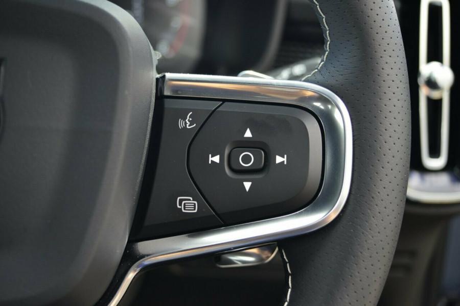 2019 Volvo XC40 XZ T5 R-Design Suv Image 15