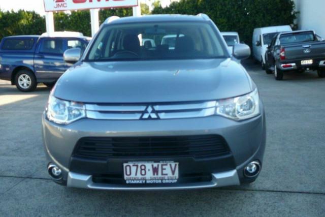 2014 Mitsubishi Outlander ES (4x4)
