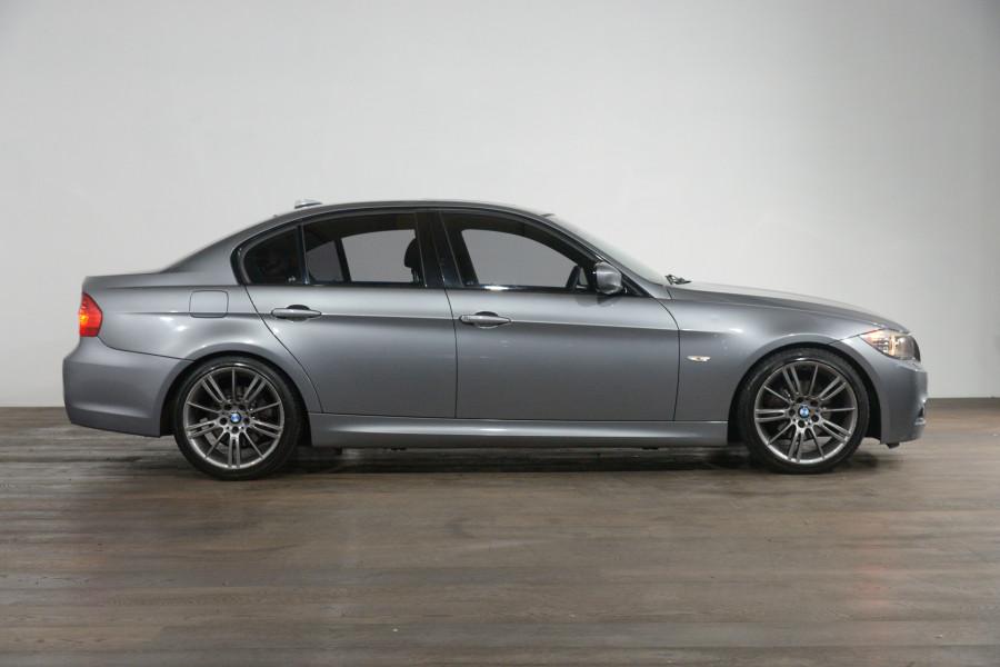 2011 BMW 3 20i Lifestyle
