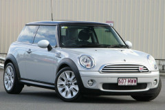 Mini Hatch Cooper Camden R56