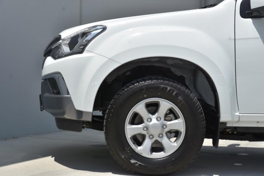 2019 Isuzu UTE MU-X LS-M 4x2 Wagon Image 5