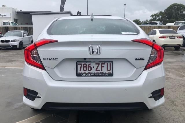 2019 Honda Civic Sedan 10th Gen VTi-LX Sedan Image 5
