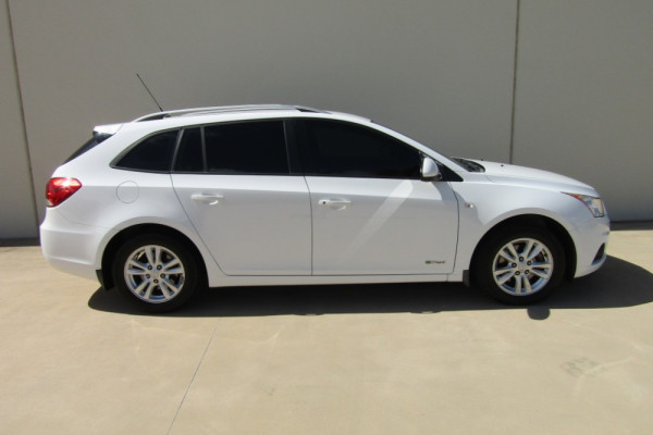 2014 Holden Cruze JH SERIES II MY14 CD Wagon Image 2