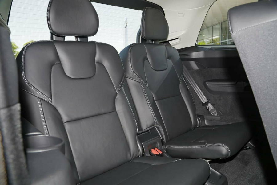 2019 Volvo XC90 L Series D5 Inscription Suv Mobile Image 17