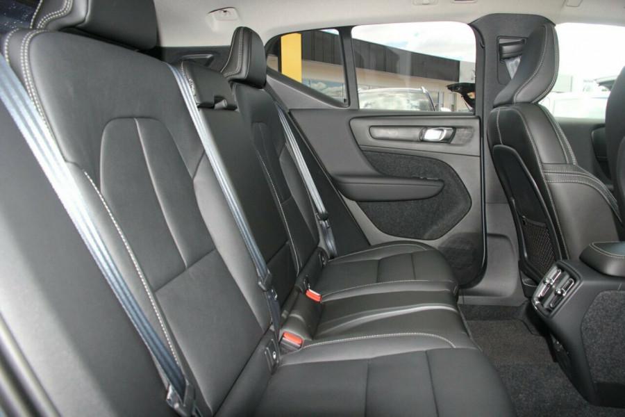 2019 MY20 Volvo XC40 XZ T4 Inscription Suv Mobile Image 8