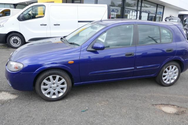 2002 Nissan Pulsar Hatchback 5 of 16