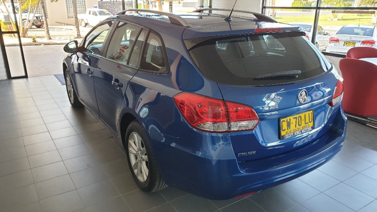2014 Holden Cruze JH Series II CD Wagon Image 8