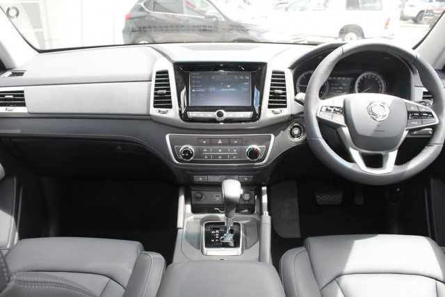 2020 SsangYong Musso Ultimate 22 of 25
