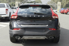 2017 Volvo V40 Cross Country M Series D4 Inscription Hatchback