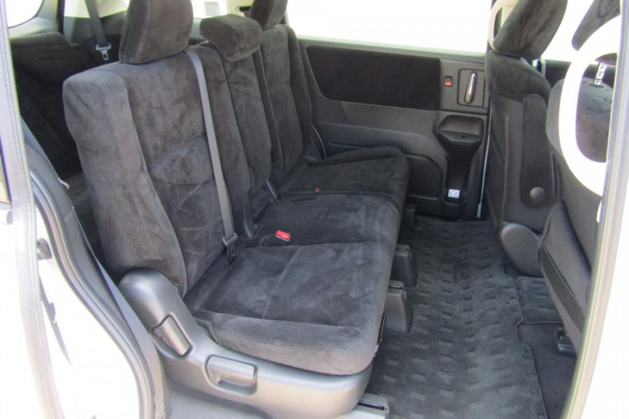 2016 Honda Odyssey 5th Gen VTi Wagon Image 12