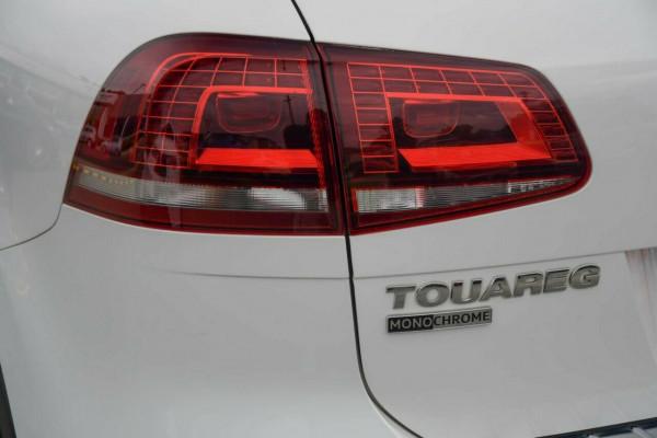 2017 MY18 Volkswagen Touareg 7P MY18 Monochrome Tiptronic 4MOTION Suv Image 3