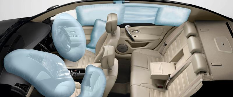 Latitude Dual Front, Side and Rear Airbags