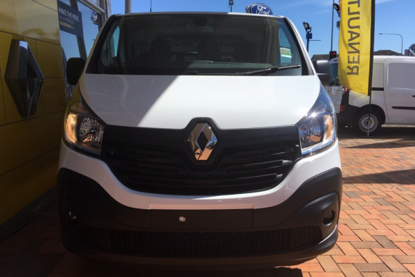 2019 Renault Trafic L2H1 Long Wheelbase Twin Turbo Van Image 2