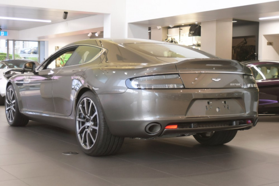 2018 MY19 Aston martin Rapide Coupe Image 3
