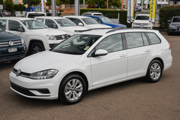 2020 Volkswagen Golf 7.5 110TSI Trendline Wagon Image 5