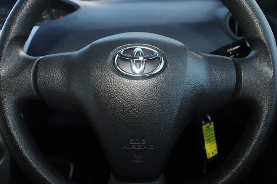 2012 Toyota Yaris NCP93R MY11 YRS Sedan Image 15