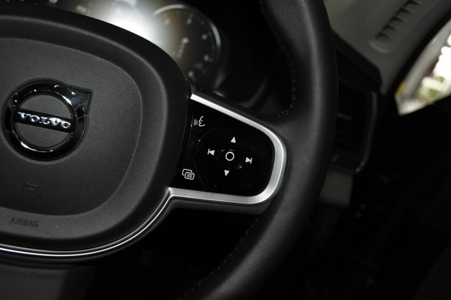 2019 Volvo XC90 (No Series) MY19 D5 Momentum Suv Mobile Image 15