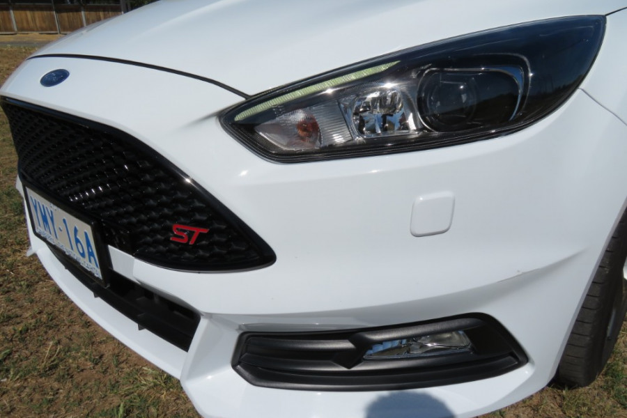 2017 MY17.5 Ford Focus LZ ST Hatch