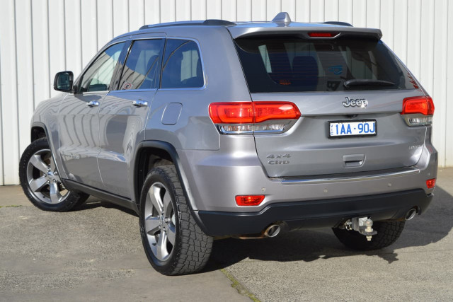 2013 Jeep Grand Cherokee Limited 24 of 27