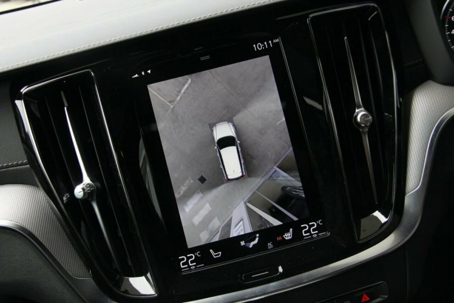 2019 MY20 Volvo V60 T5 R-Design T5 R-Design Sedan Mobile Image 12