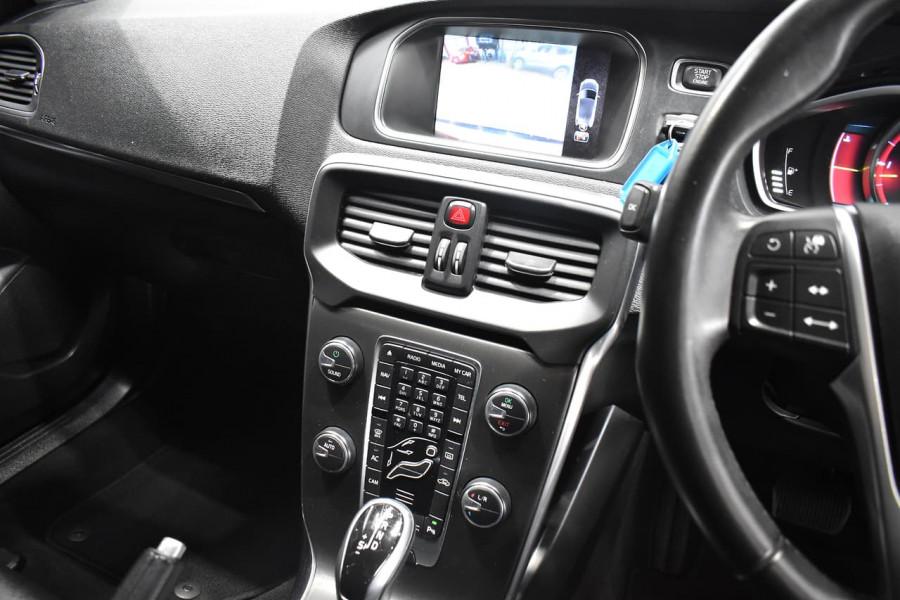 2014 Volvo V40 (No Series) MY15 D4 Luxury Hatchback