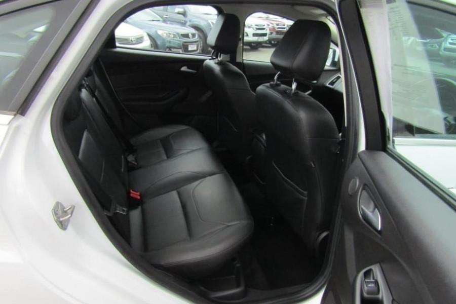 2016 Ford Focus LZ TITANIUM Sedan