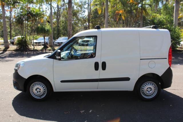 2017 Fiat Doblo 263 Series 1 Van Image 5