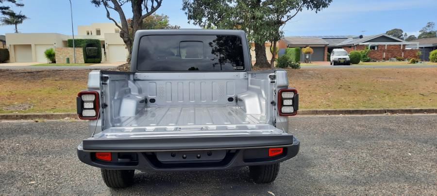 2021 Jeep Gladiator JT  V2 Night Eagle Night Eagle Utility - dual cab Image 8