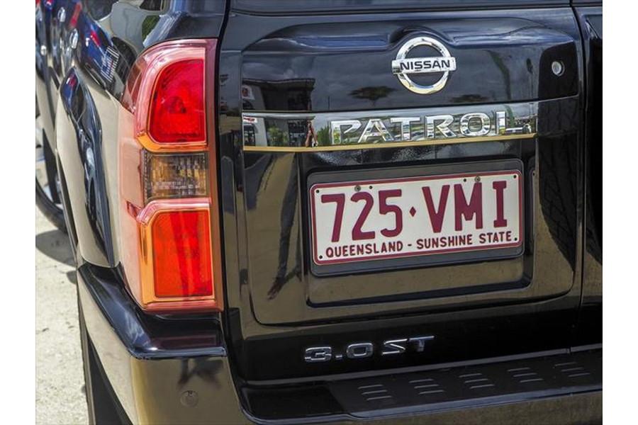 2014 Nissan Patrol Y61 ST Suv