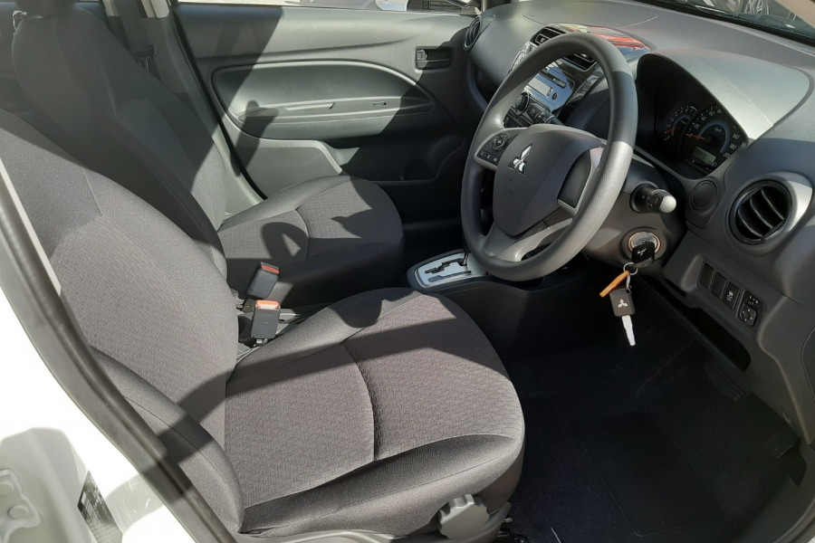 2019 Mitsubishi Mirage LA ES Hatchback