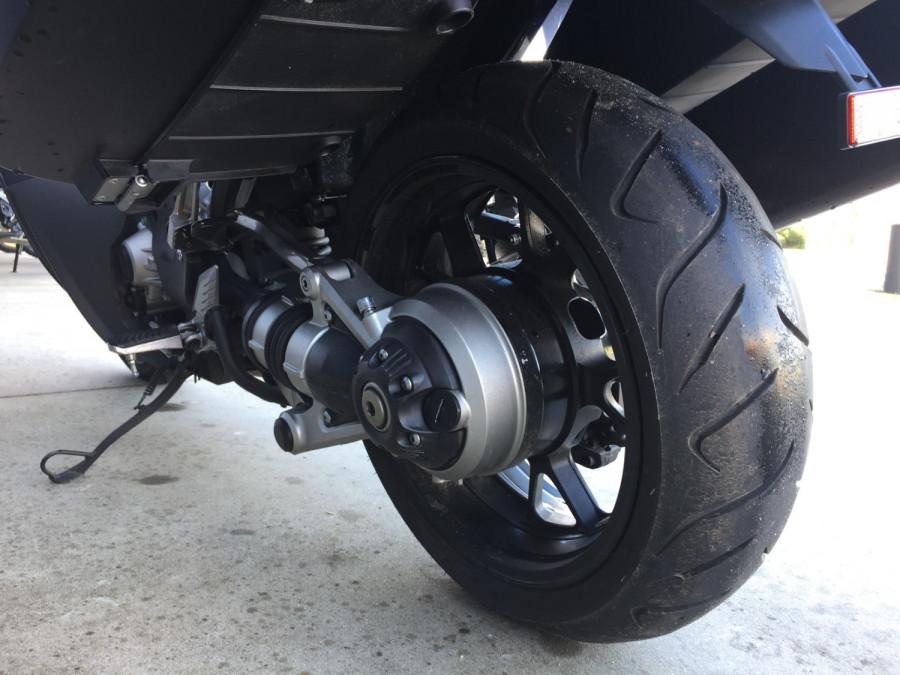 2011 Kawasaki 1400GT GT Motorcycle Image 19